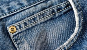 denim-pocket-closeup_5867845
